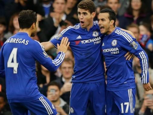 Jugadores del Chelsea eufóricos por su victoria.