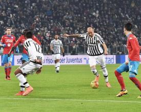 Soccer: serie A, Juventus-Napoli